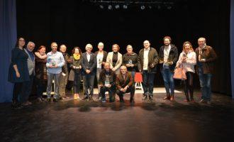 """""""Jugadors"""" d'Àgora Teatre de Carcaixent triomfadora de Mostra de Teatre Amateur de Benetússer"""