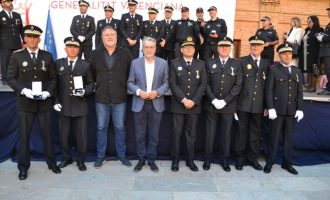 Nueve agentes de la Policía Local de Albal han sido distinguidos por el Consell