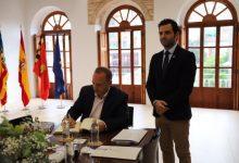 """Dalmau mostra a l'alcalde de Paterna la seua """"preocupació"""" per Intu"""