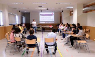 El alumnado de Torrent participa en talleres contra la violencia a las mujeres