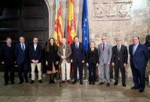 Ximo Puig rep en audiència a les persones guardonades amb els XXXI Premis Jaume