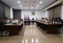 Xirivella estudiarà cas per cas les ampliacions de les terrasses després de suprimir taxes en 2020