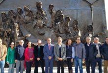 Colomer inaugura a Massamagrell l'escultura 'L'últim Sopar' emmarcat en el projecte Obres Commemoratives Ruta del Grial