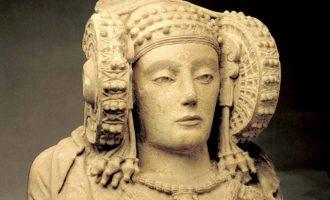"""Guirao mostra """"predisposició"""" a una cessió temporal de la Dama d'Elx"""