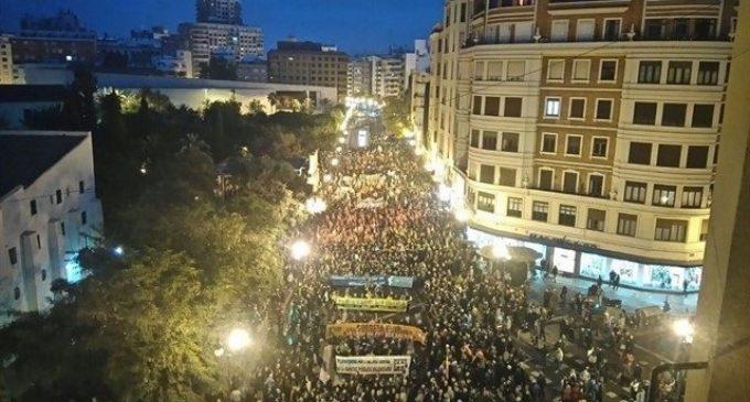 Finançament Just convoca una cadena humana entre Delegació i Serrans