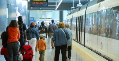 Cómo moverse en transporte público durante estas Fallas 2020: EMT y Metrovalencia