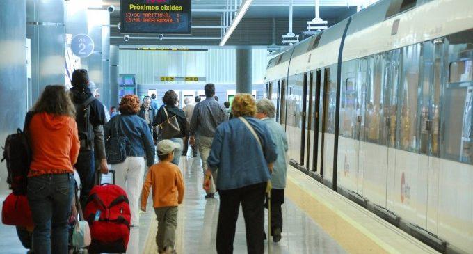 La Generalitat instalará desfibriladores en las principales estaciones de Metrovalencia