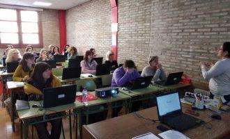 Jornada sobre competencias digitales para mujeres en Picassent