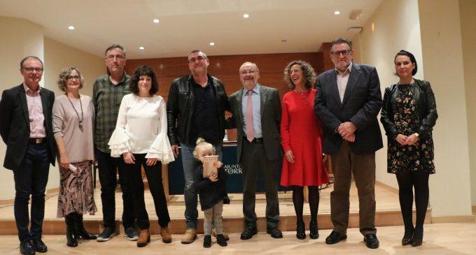 """Joan Carles Ventura gana el Premio de Narrativa Juvenil Ciutat de Torrent con """"Estira el fil, Ariadna!"""""""
