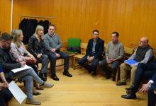 La consellera Gabriela Bravo visita els jutjats de Sueca