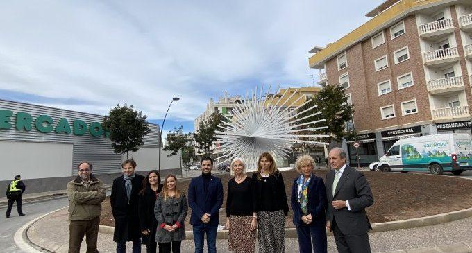Paterna rep la donació d'una escultura d'Andreu Alfaro