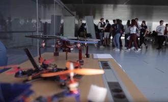 """El proyecto educativo la """"Feria aérea"""" aterriza por primera vez en Catarroja"""
