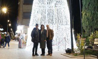 La campaña navideña en Quart de Poblet comienza con el encendido de luces