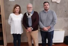 Paterna rep una donació de 455 llibres del seu veí Vicent Salvador