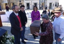 Ontinyent inaugura el memorial a les víctimes del franquisme que