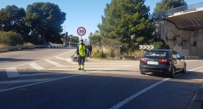 """Manises exigeix la """"immediata"""" construcció d'una passarel·la d'accés a l'aeroport després de la mort d'un vianant"""