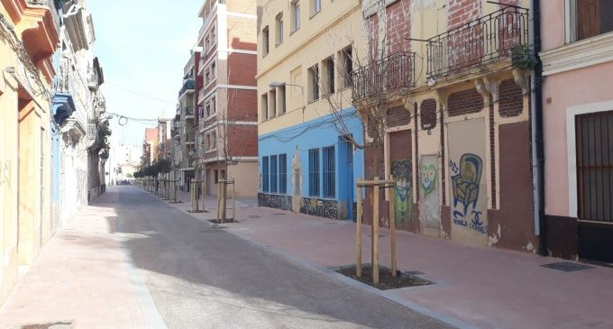 Finalitza la reurbanització del carrer Sant Pere del Cabanyal