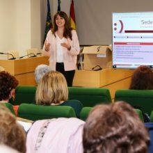 Las asociaciones de Paiporta se forman en la nueva plataforma electrónica municipal