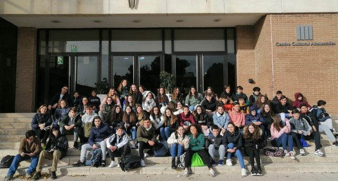 Alumnes de 3r d'ESO de l'IES Almussafes participen en la Ruta Matemàtica