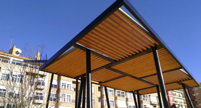 Marzà i Ribó proposen la instal·lació de pèrgoles fotovoltaiques per als patis dels centres de València