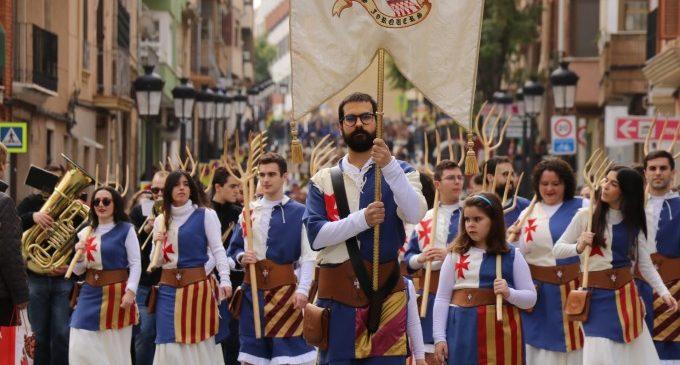 Los moros y cristianos de Torrent celebran el Mig Any