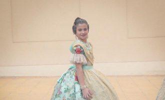 Carla García es decanta per un espolí turquesa per a la seua Exaltació