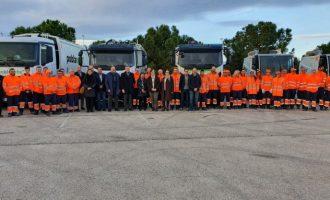 La Pobla de Vallbona estrena els nous camions de recollida de residus