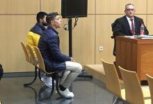 Dos joves acusats d'asfixiar fins a la mort amb una bossa de plàstic a un home a València neguen el crim