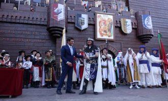 Ontinyent realitza nous tràmits per impulsar la declaració d'Interès Turístic Internacional per als Moros i Cristians