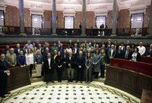 Regidors i Alts càrrecs municipals signen la seua adhesió al Codi de Bon Govern de la Generalitat