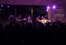 La música i la tradició s'uneixen a Torrent amb el Festival Arrels