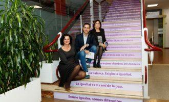 Mislata inaugura les seues XXXIII Jornades de la Dona donantllum a la igualtat