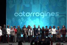 La Gala Catarrogines tiñe de feminismo Catarroja para reivindicar la igualdad real entre hombres y mujeres