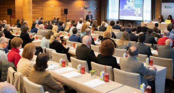 Banca Privada de Caixa Popular organitza una jornada exclusiva sobre les perspectives econòmiques i dels mercats financers