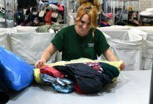 La població d'Almussafes dona més de 30 tones de tèxtil amb finalitats socials
