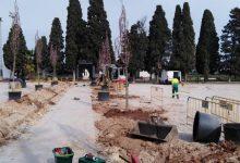 Almussafes renova l'entrada al cementeri
