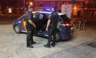 Detingut un jove per apunyalar a un altre al cap a l'eixida d'una discoteca