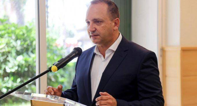 """Dalmau denuncia """"pressions i amenaces públiques i privades"""" pel decret de tanteig d'habitatge"""
