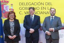 Ábalos promet estudiar els canvis en l'ampliació del port de València i destaca l'