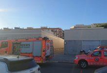 Desalojado una hora el centro de salud de Gandia por el incendio en el cuarto de un compresor