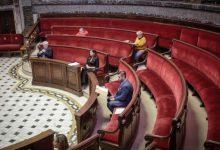 El pleno alcanza el consenso con una moción conjunta en materia de economía, protección social y sanidad y salud para superar la crisis del COVID-19