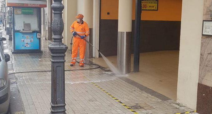 L'Ajuntament de Sueca redobla esforços en la neteja i desinfecció de tota la ciutat