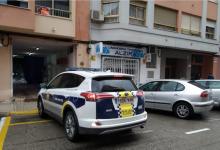 La Policia Local de Alzira desinfecta su vehículos