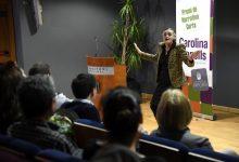 Humor i rialles en l'entrega de la XII edició del premi 'Carolina Planells contra la violència de gènere de narrativa curta'