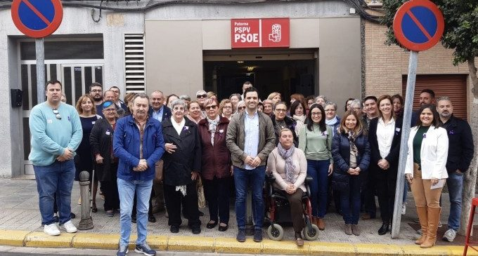 Els socialistes de Paterna celebren el dia de la dona amb veïnes i veïns i associacions locals
