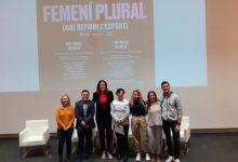 """Ontinyent reprén les xerrades de l'Escola de Famílies amb la projecció de """"Campiones Sense Límits"""" i una taula rodona de dones esportistes"""