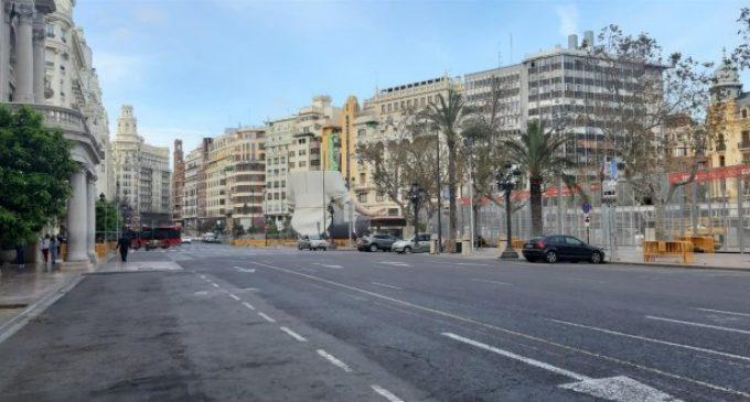 Carrers buits, silenci i 'desplantà' de falles a València pel coronavirus