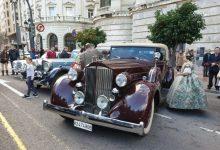 """Un total de 37 """"joies històriques"""" participen en la 50 Ronda Fallera de Cotxes de L'antigor"""