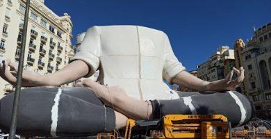 """Los artistas falleros no saben qué pasará con los monumentos y los pirotécnicos viven un """"desastre"""""""