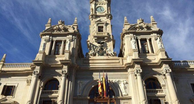 L'Ajuntament de València redueix els expedients d'activitat pendents de 8.300 a 3.700 en cinc anys